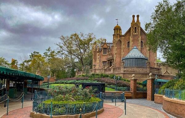 Disney World's Haunted Mansion