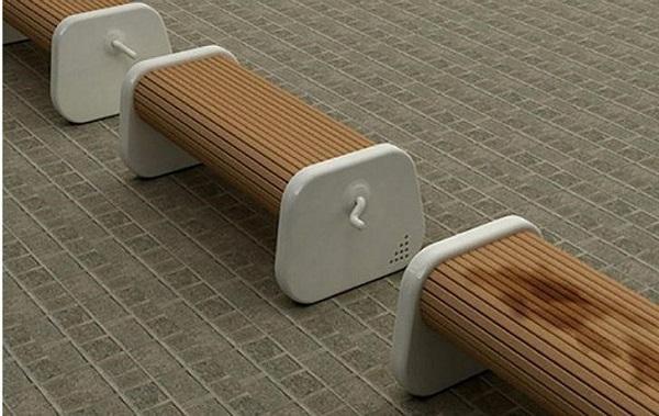 Rotatable bench
