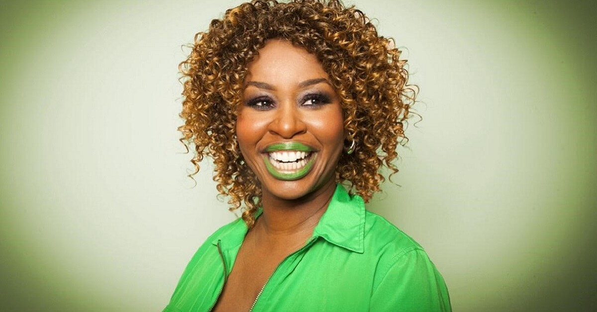 lady with green lipstick